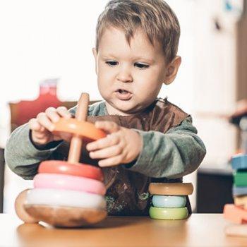 Atividades para aplicar o método Montessori em casa com as crianças