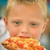 Crianças caprichosas com a comida