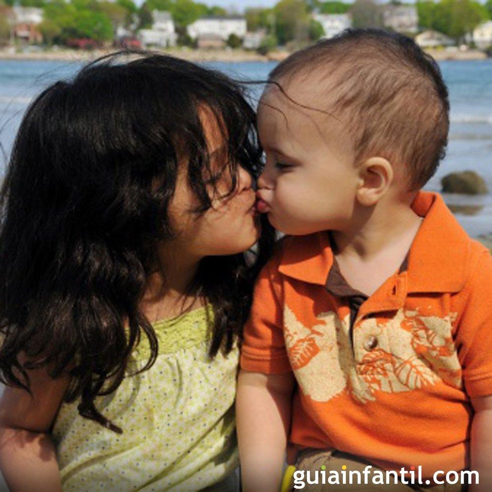 Por Que As Crianças Se Beijam Na Boca