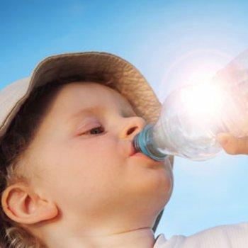 7 bebidas muito hidratantes para as crianças