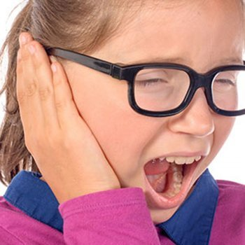 Truques caseiros para aliviar a dor de ouvido em crianças