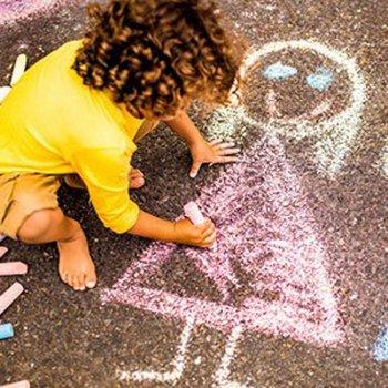 Como interpretar o desenho que uma criança faz da sua família