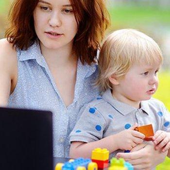 10 idéias geniais para entreter aos seus filhos quando você está ocupado
