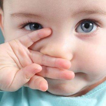 O que fazer quando o bebê tem mucos