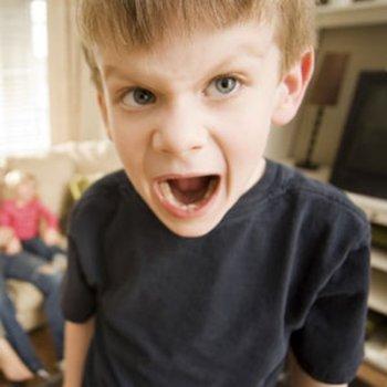 Como canalizar os momentos de ira das crianças