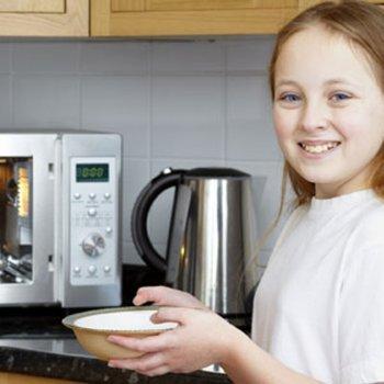 Aquecer os alimentos no microondas, sim ou não?