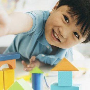 Brinquedos adequados para crianças com autismo