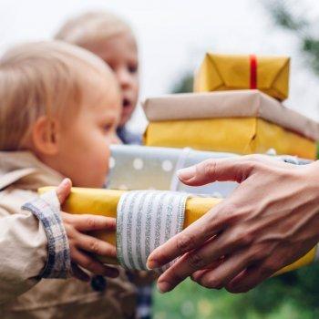 O risco de dar muitos presentes às crianças no Natal
