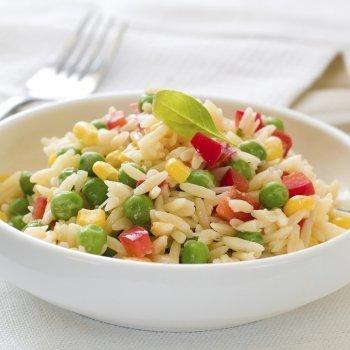 Arroz com verduras, saudável e rápido