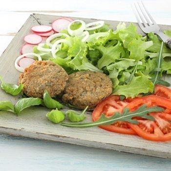 Hambúrguer de soja. Uma receita caseira para as crianças