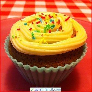 Receita de Cupcakes de chocolate com creme de queijo