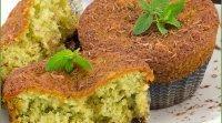 Muffin ou cupcake de chocolate com menta